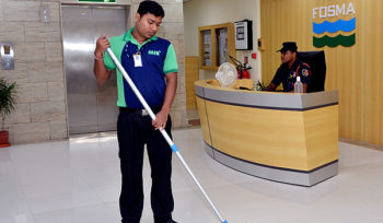 5 Things to Consider When Hiring Janitorial Services for Corporate Spaces