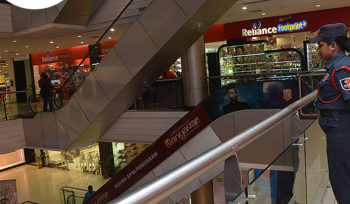 Role Mall management in meeting the Retail Industry Demands