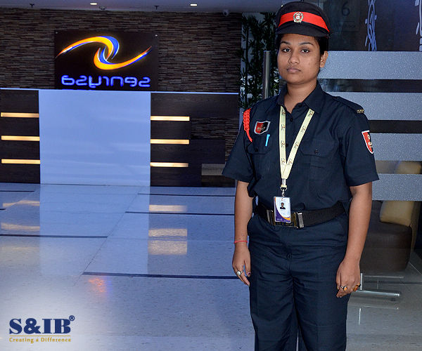 4 Equipments That Corporate Security Guards Are Identified With